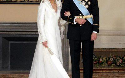 Los 18 vestidos más emblemáticos de las bodas reales