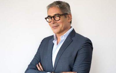 Boris Izaguirre se estrenó en noviembre como asesor de bodas televisivo